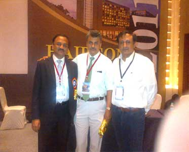 Dr krishan Arora with other doctor in AHRS 3